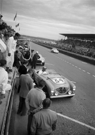 <h5>NOJ393 at Le Mans 1953</h5><p>Le Mans 1953 after the pitstop.</p>